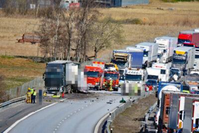 Lastbilsolycka på E6 - Inga personskador