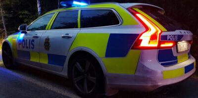 Polisen sökte efter fönstertittare